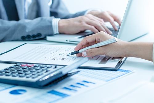 Bedste regnskabsprogram med let fakturering